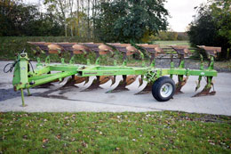 DOWDESWELL DP160S 7 furrow (6+1) on-land plough