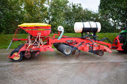 VADERSTAD Rapid 500P Disc Drill coupled with Cultivating Solutions Rapid Lift subsoiler & Liquid Fert tank