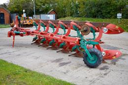 KVERNELAND EG85-300 6 furrow plough