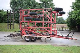 HORSCH Terrano FG 7.5m stubble cultivator