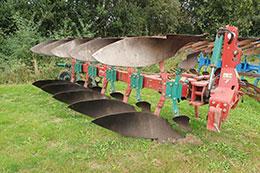 2013 KVERNELAND LD85-300 5 furrow plough