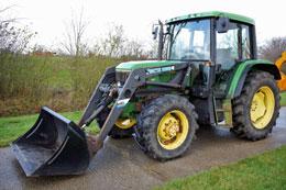 JOHN DEERE 6200 4wd tractor